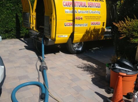 carpet-cleaning-truck